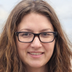 Anna Santer